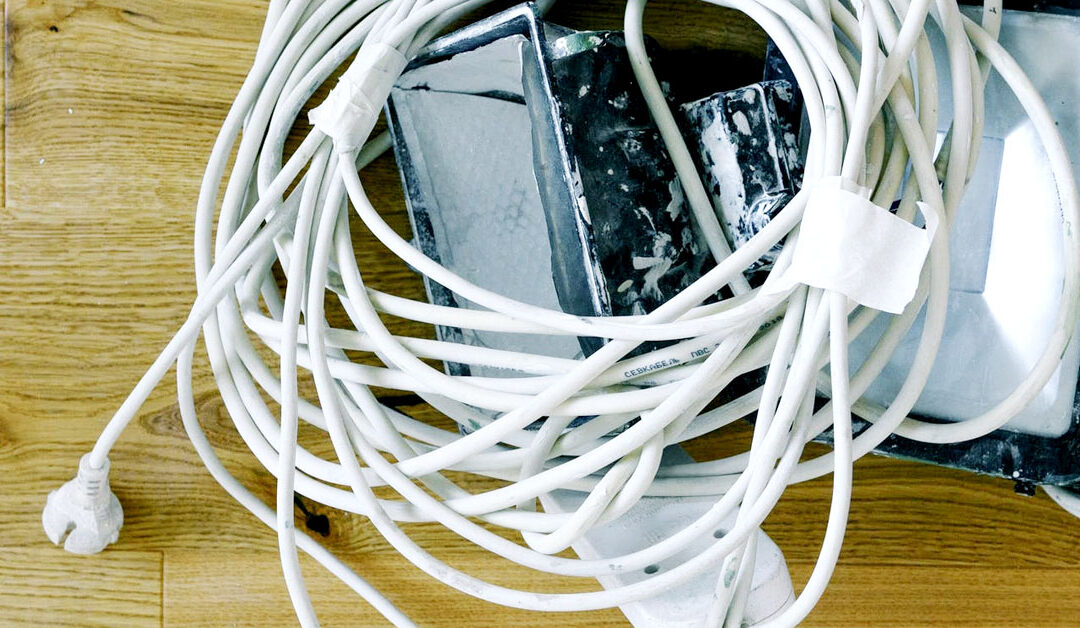 Organize Electrical Cords: Eliminating Hazards and Clutter